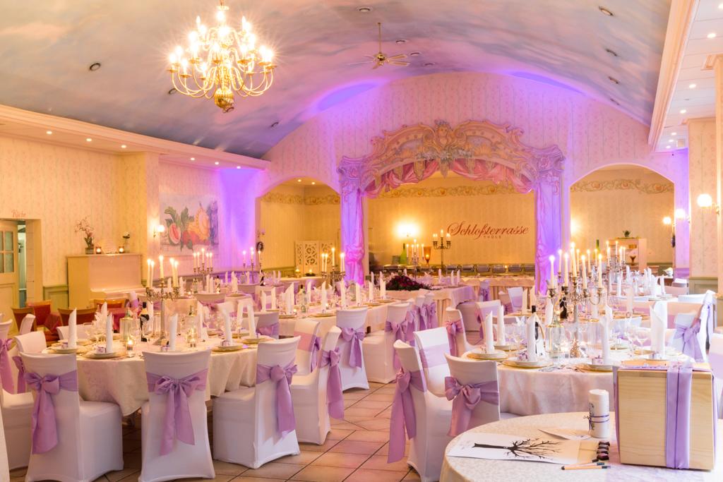 Hochzeitsfeier Schlossterasse Im Landgasthaus Thule Salzkotten