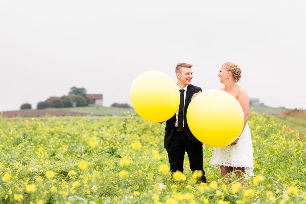 020-Hochzeit-Hochzeitsfotograf-Brilon-Paderborn-Brautpaarshooting-Hochzeitsshooting-Hochzeitsfotos-HochzeitsfotografPaderborn-HochzeitsfotografBrilon