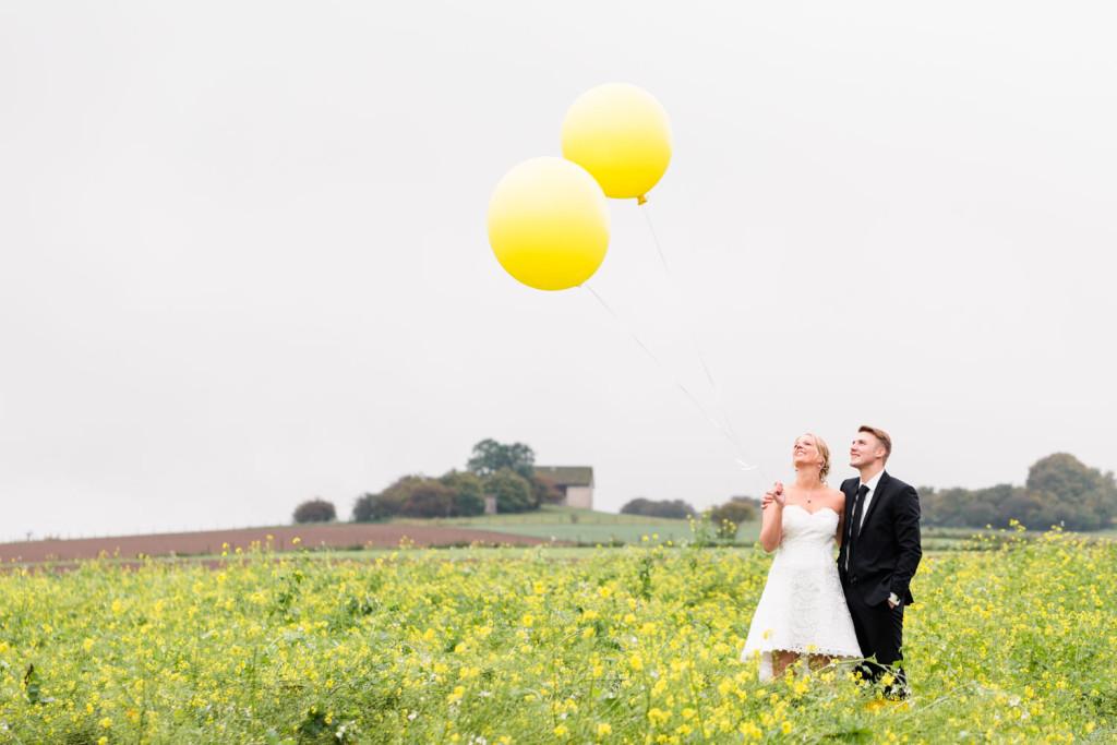024-Hochzeit-Hochzeitsfotograf-Brilon-Paderborn-Brautpaarshooting-Hochzeitsshooting-Hochzeitsfotos-HochzeitsfotografPaderborn-HochzeitsfotografBrilon